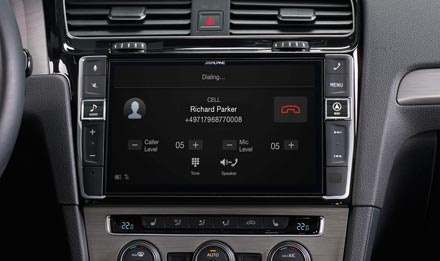 Golf 7 - Built-in Bluetooth® Technology - X903D-G7